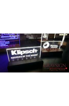 Plexi'led 20X12cm avec socle bois massif + LED